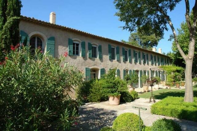 Vacation rental mansion in St. Remy, France