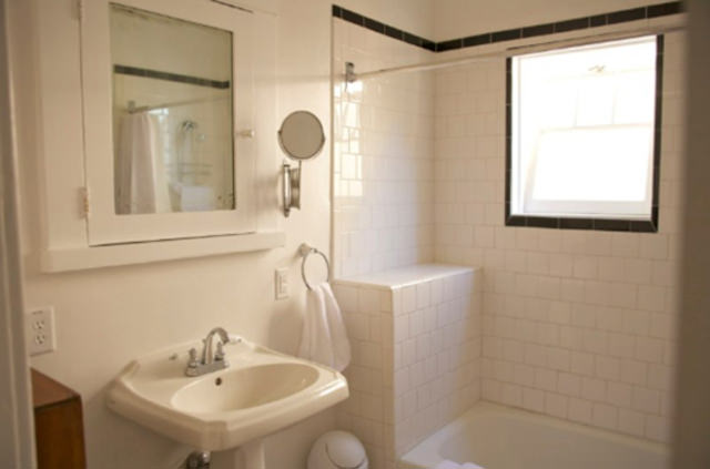 Bathroom in Silver Lake Vacation Rental