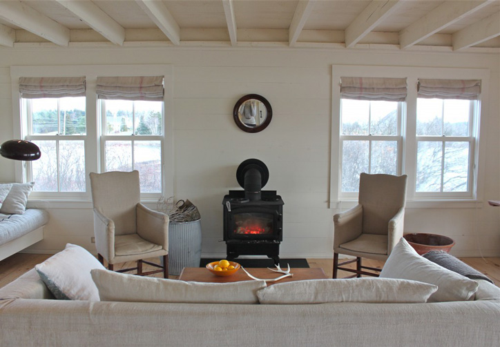 Living room staging in vacation rentals