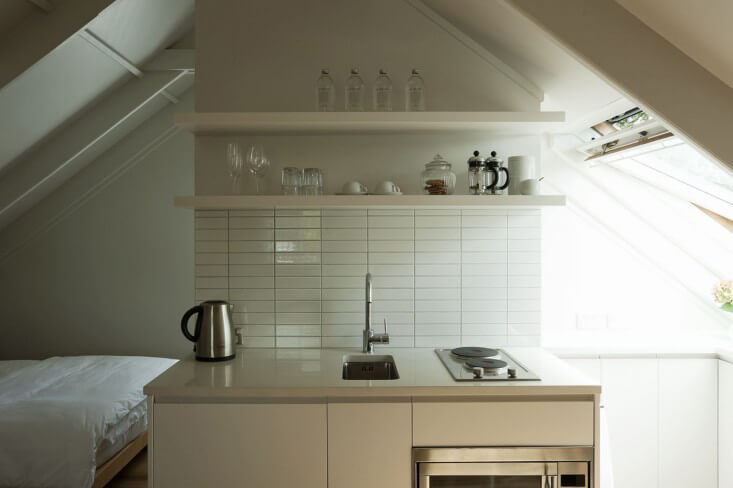 7 Secrets To Creating A Kick Ass Airbnb Or Vacation Rental Kitchenette 1 Chic Retreat