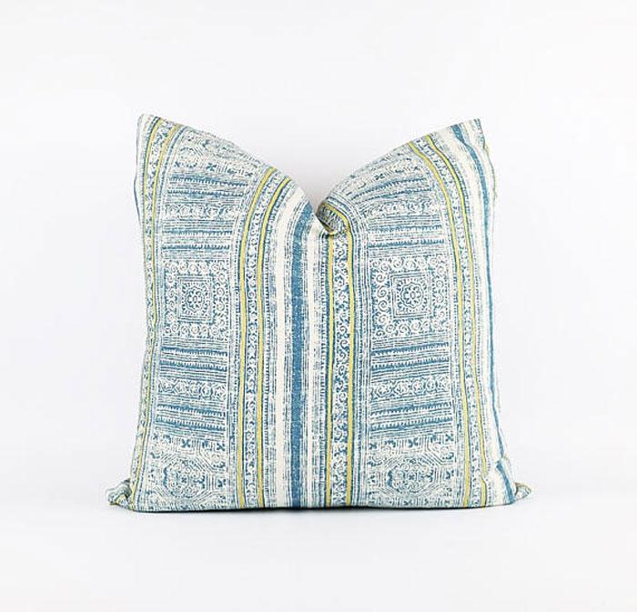 vacation rental pillows