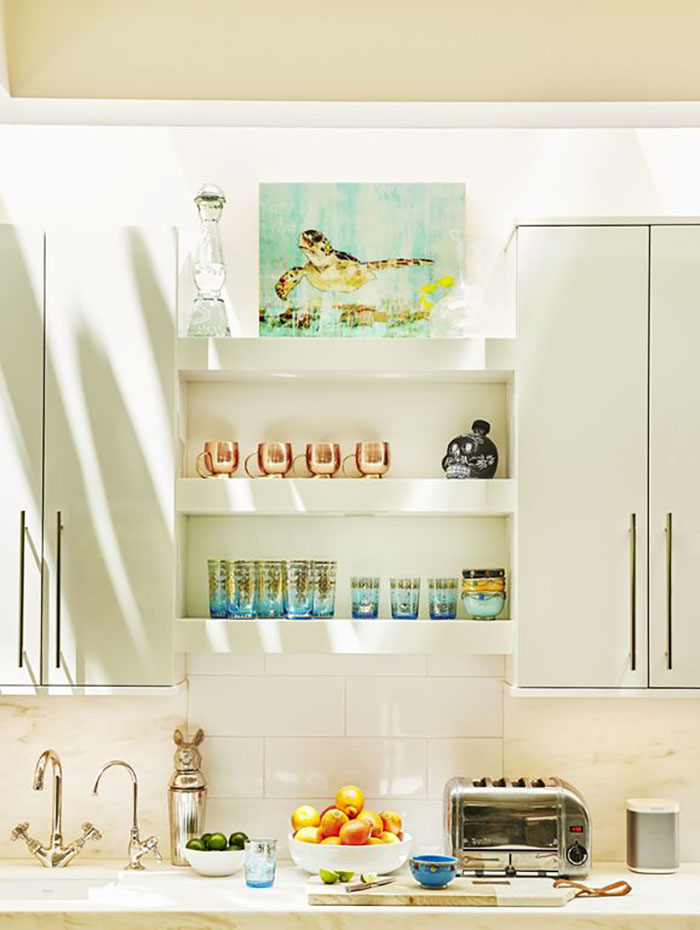 what to put in your vacation rental kitchen