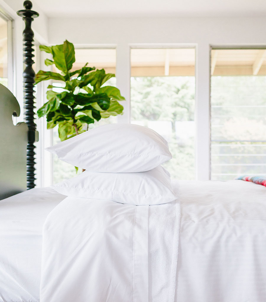 HOW TO MAKE A BED FOR AIRBNBS